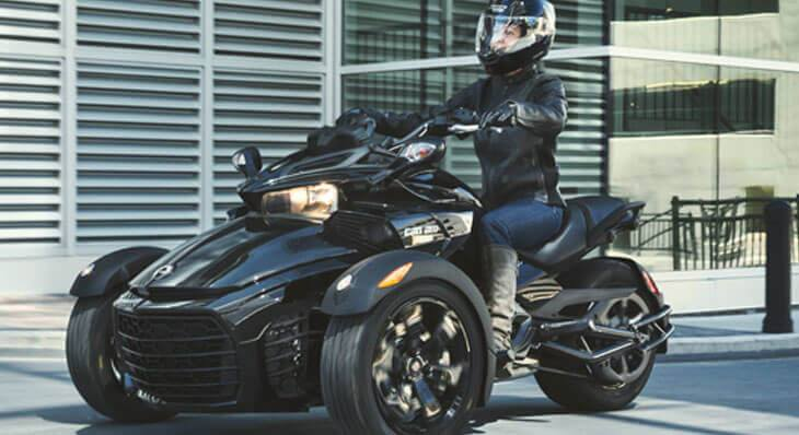 Black Can-Am Spyder